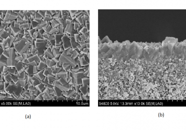 Fig 1. SEM images of SAPO-34 zeolite membrane, (a)top view and (b)cross section view.